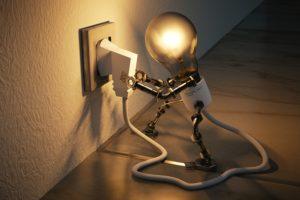 Свет отключен за неуплату.