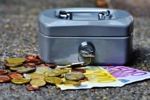 Изображение - Как вступить в наследство после смерти, если прошло 6 месяцев cashbox-1642989_960_720-300x200