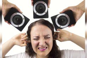 Соседи громко слушают музыку