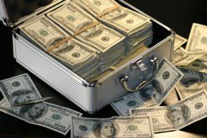 Дарение денег близкому родственнику